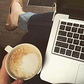 work-morning-at-the-coffee-shop!-s0w33k.